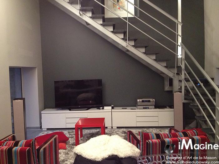 tv sous escalier good living tv with tv sous escalier finest amenagement meuble tv ensemble. Black Bedroom Furniture Sets. Home Design Ideas